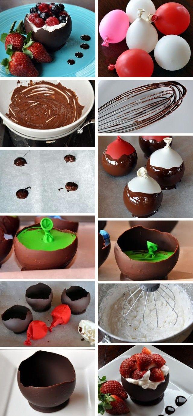 Čokoládová Misa So Šľahačkou A Ovocím