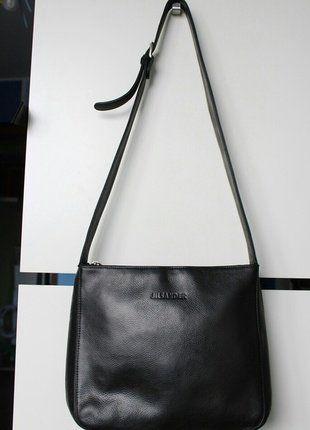 Kupuj mé předměty na #vinted http://www.vinted.cz/damske-tasky-a-batohy/kabelky/14864392-jil-sander-znackova-cerna-kabelka-crossbody