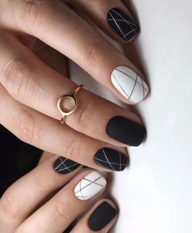 40 Most Stylish And Engaging Evening Black Nails Artwork (acrylic Nails, Matte Nails) For Promenade …