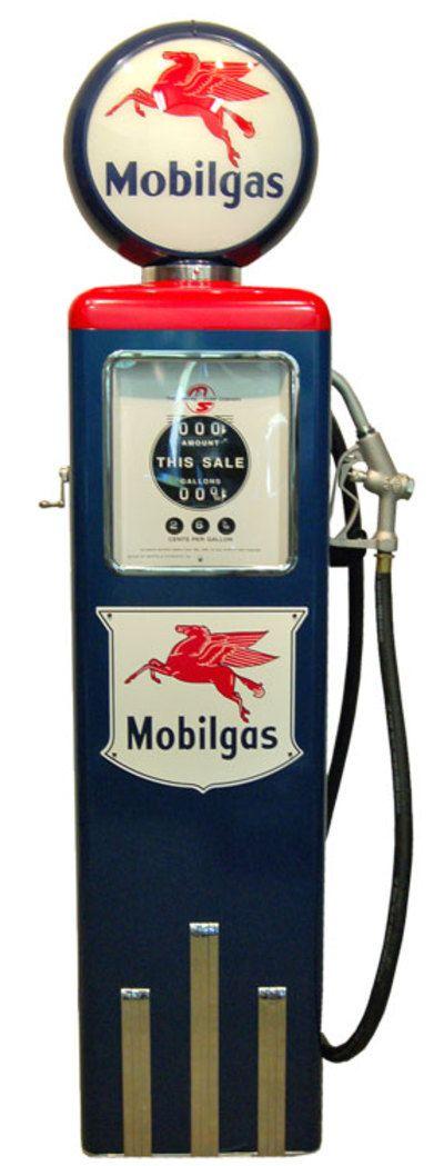 Pompe à essence MOBILGAS réplique d'une 8 Ball des années 50's. Parfait pour décorer avec goût votre restaurant américain, diner, salon. Dispo sur notre site internet :