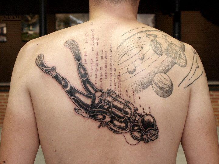 TattooSzelest #tattoo #szelest #dotwork #space #diver #scuba #solarsystem #matrix #binary #code #psychodelic