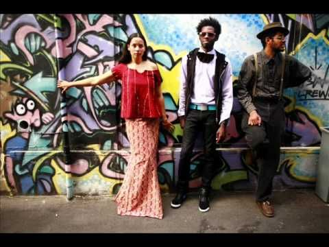 ▶ Hit 'Em Up Style (Blu Cantrell Cover) - Carolina Chocolate Drops - YouTube - fusion list approved. odd but kinda quirky fun