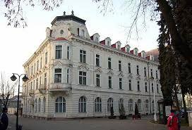 Liečebný dom Vlára postavený v roku 1901 .