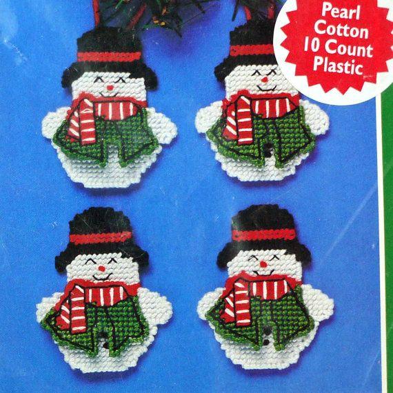 Ornements de Noël des bonhommes de neige par DartingDogChristmas