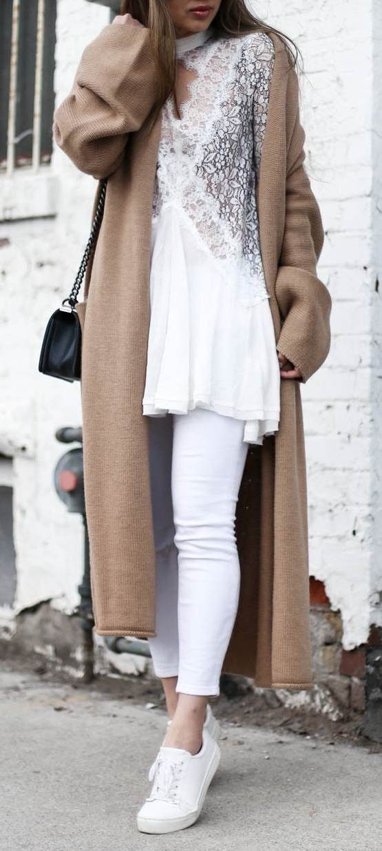 what to wear with a long cardigan : bag   white skinnies   top   sneakers