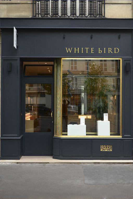 paris: abertura da loja de pássaros brancos   – Cafe Bar Terrace