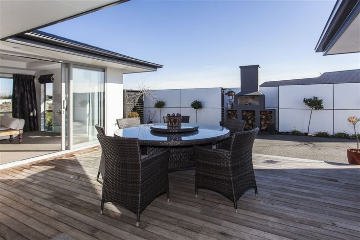Ohoka, 54 Warwick Road   Specialising in Residential & Lifestyle Sales   Sue & Gemma Roberts