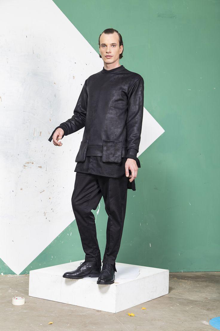 MEI KAWA | High-Low Hemline Sweater