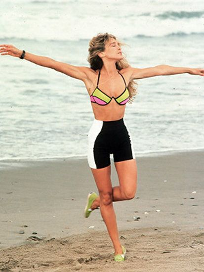 L.A. Story: It's the early '90s and SanDeE* (Sarah Jessica Parker) hits the beach in — what else? — spandex shorts.