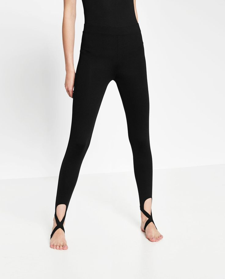 BALLET LEGGINGS WITH CROSSOVER ANKLE STRAP