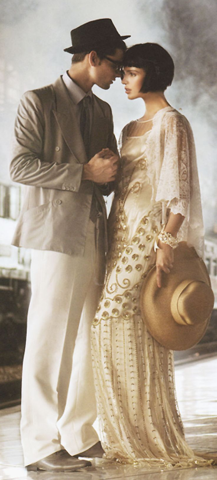 #wedding #style #Ar'deCo #glamorous #dress #bride #groom to read more about (rus):http://heavenlyday-wedding.tumblr.com/  FB: Heavenly Day