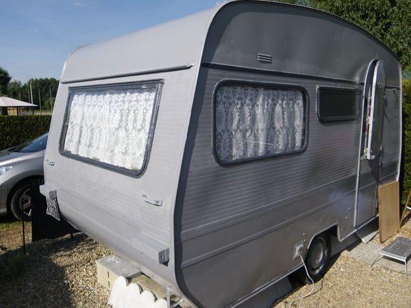 Caravane CARAVELAIR occasion - Classique - 4 places - 1988 - 2500 € - Pont-sur-Yonne (Yonne) WV152471160