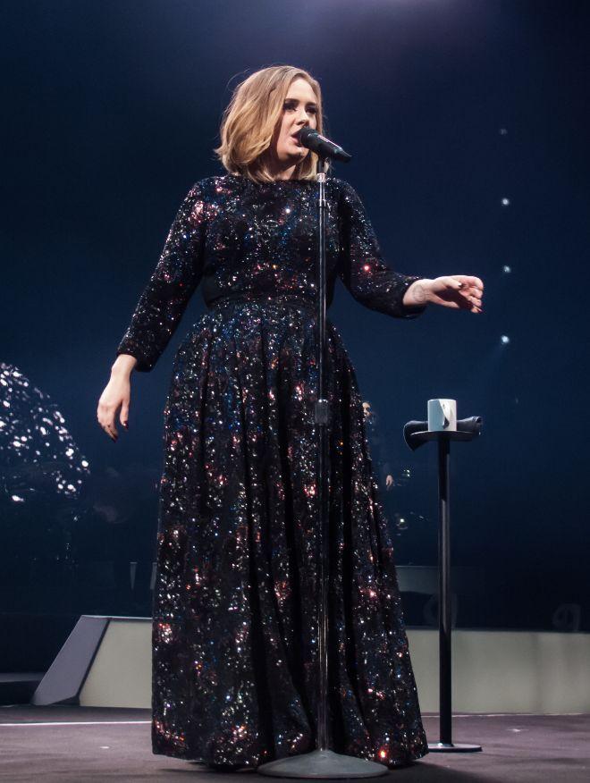 #Adele un vestido