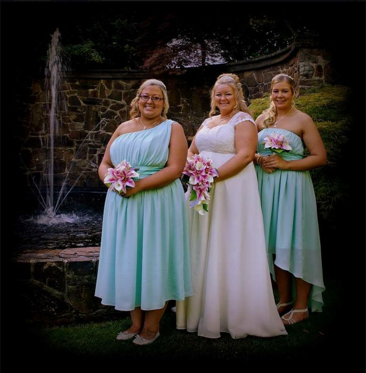 Bride and Bridesmaids made by Gowns of Elegance and Grace. www.gownsofelegancenandgrace.com.au
