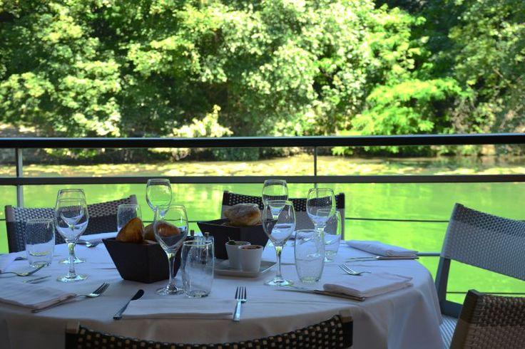 Restaurant le River Café en bord de Seine à Issy-les-Moulineaux (92130) #restaurant #paris #relax #relaxingtime #sunnyday