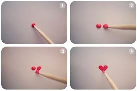 how to do a heart nail design