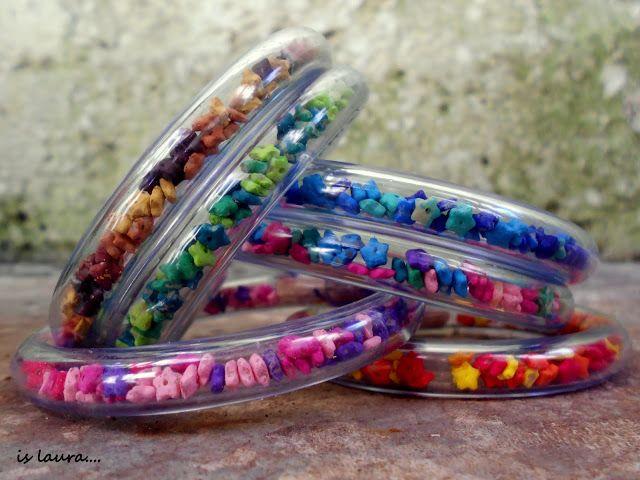 Bracciali con cannetta trasparente e stelline colorate: tutorial : islaura