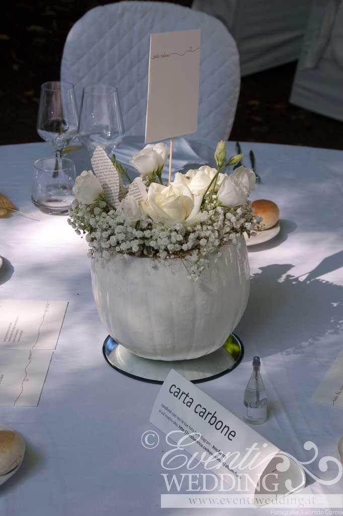 Centro tavola realizzato con zucca bianca