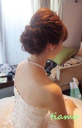 柔らかルーズな3スタイルのhappy wedding day♪ の画像|大人可愛いブライダルヘアメイク『tiamo』の結婚カタログ