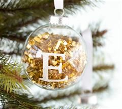 Monogrammed Ornaments - made with @Cricut ® #christmas #holiday