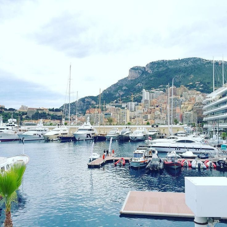 Views from the Yacht Club De Monaco  Follow: @redvelvetrope -  @erkan_seckinn - Have you been to this place? - Tag #redvelvetrope to be featured -  #luxurytravel  #luxurioustravel