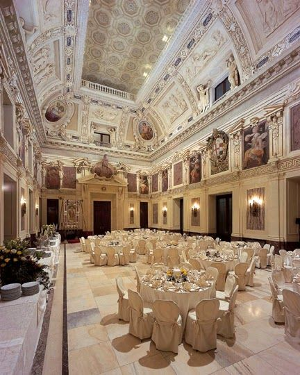 The fashion Diamonds: gala evening for Christmas (tidebuy)
