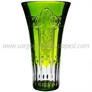 Imperial Green Vase 1210€