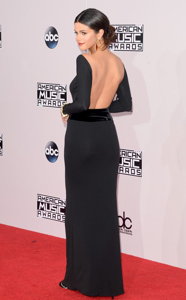 Business in the front, beauty in the back! Selena Gomez looks so gorgeous at the AMAs 2014.