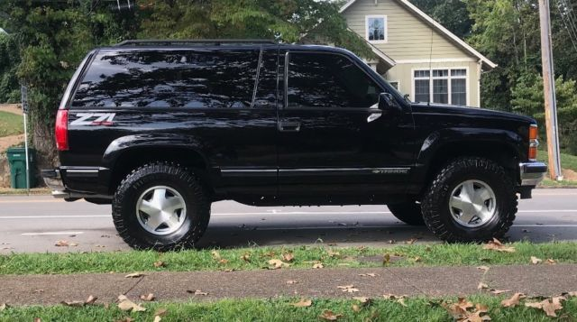 1999 Chevrolet Tahoe Lt Sport Utility 2 Door Z 71 Black 4x4 For Sale Photos Technical Specs Chevy Tahoe For Sale Chevy Suv Chevy Tahoe