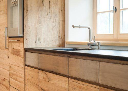 k chenfront mit altholz und edelstahl landhaus k chen. Black Bedroom Furniture Sets. Home Design Ideas