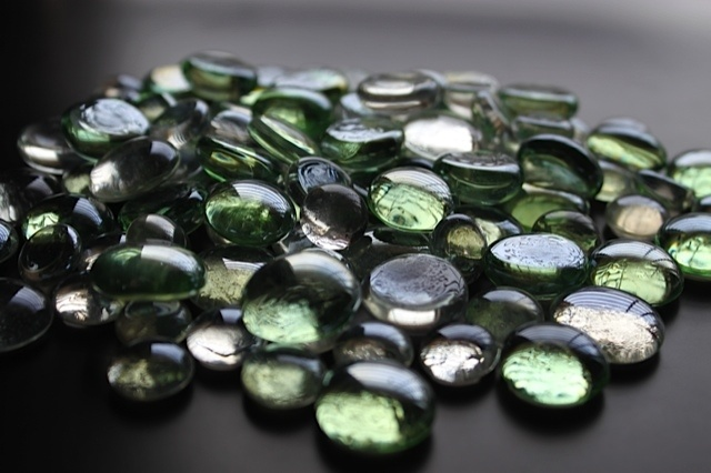 Honeydew color glass gems perfect for vases mirrors and for Colored stones for crafts