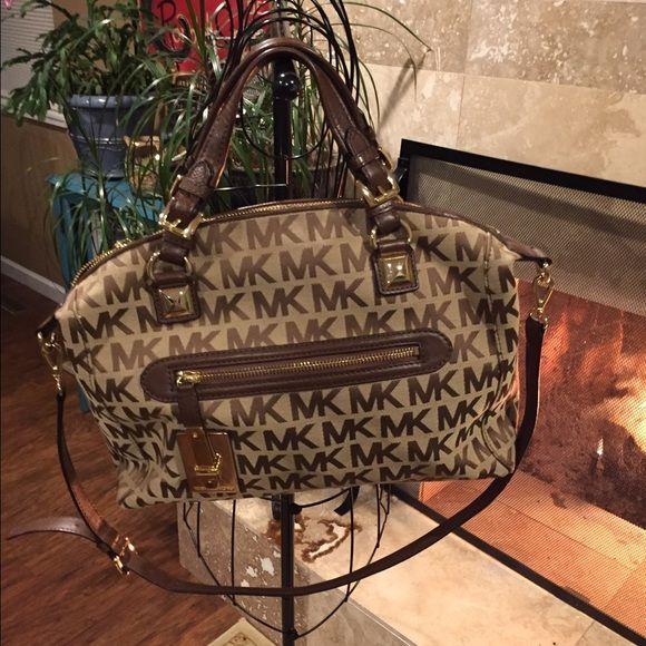 Michael Kors Bags - Handbag