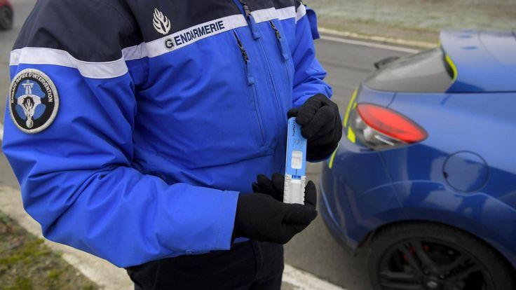 Contrôle d'alcoolémie par la gendarmerie. Image d'illustration / MAXPPP