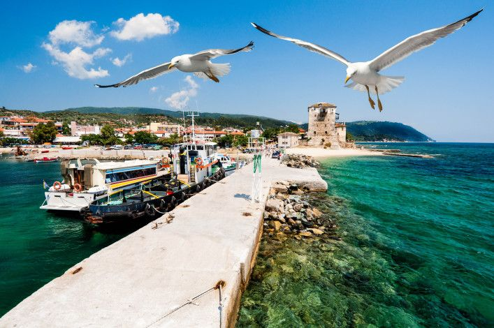 Port Ouranoupolis (Ouranoupoli) shutterstock_107010401-2