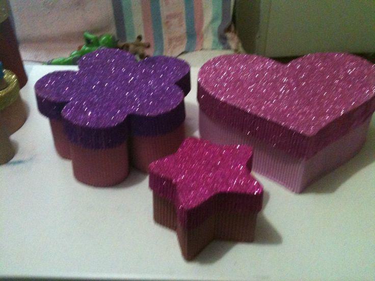 Cajas decoradas de carton corrugado