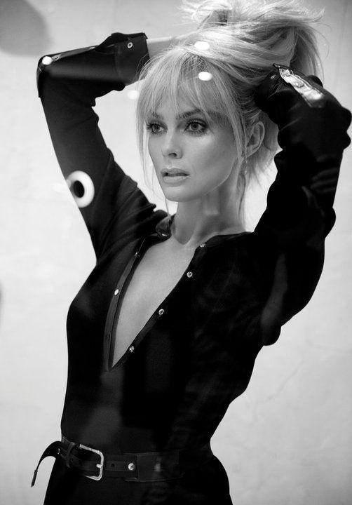 Izabella Scorupco  Makeup Artist Patrycja Dobrzeniecka