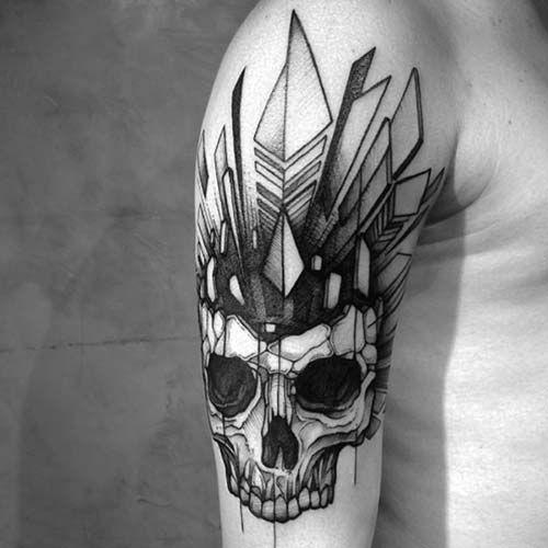 erkek omuz geometrik kuru kafa dövmesi man shoulder geometric skull tattoo