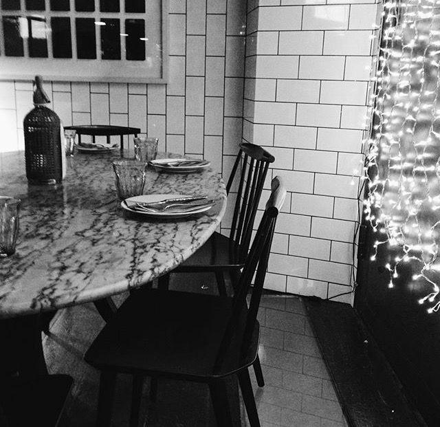 """Last night in Barcelona"" ... goodbye Christmas!   Foto de @marti_tothewonder en Palosanto. C/Avinyó, 30. #Restaurante #Barcelona"