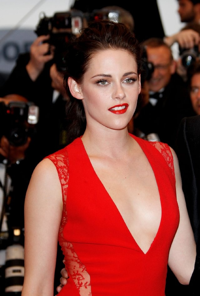 Kristen Stewart -she is my Kate! It'd just be nice to see a reversal of usual roles for her. Though I haven't seen Snow White and the Huntsman yet & none of us have seen her in Breaking Dawn Part 2 to see her confident, strong, sassy - not awkward and demure.