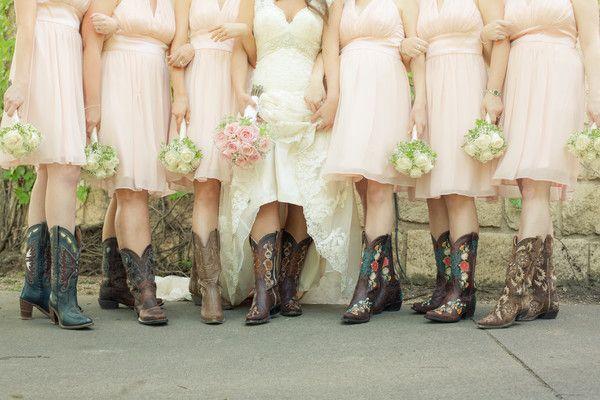 Southern #Bridesmaids I Golightly Images I #photoop #Weddingphotos I See more @WeddingWire http://www.weddingwire.com/biz/golightly-images-wylie/portfolio/863fca76421db946.html?page=1&subtab=album&albumId=0954d5dc88f43570#vendor-storefront-content
