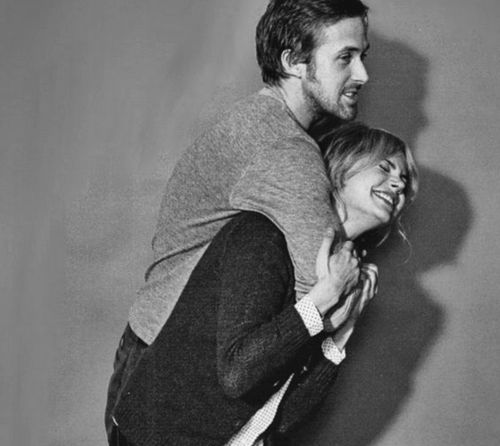 Ryan Gosling and Michelle Williams.  (Blue Valentine).  I know they're not dating but they look so cute together.
