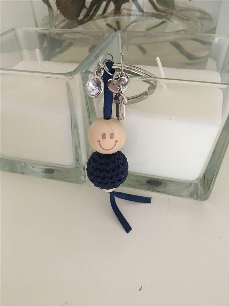 Gehaakt gelukspoppetje als cadeautje voor de laatste weken van een zwangerschap