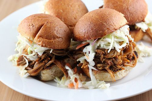 Slow Cooked Pulled Pork Sliders