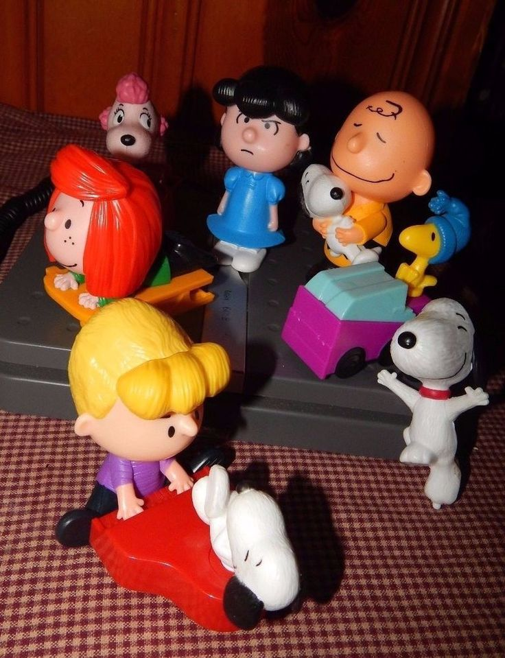Lot of 8 McDonald's The PEANUTS Movie 2015 Charlie Brown and the Gang Figures  #McDonalds