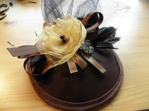 How To: Make a Steampunk/Burlesque Fascinator Hat #tutorial