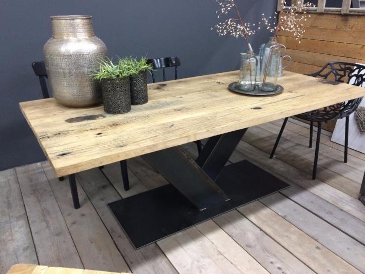 tafel metalen onderstel