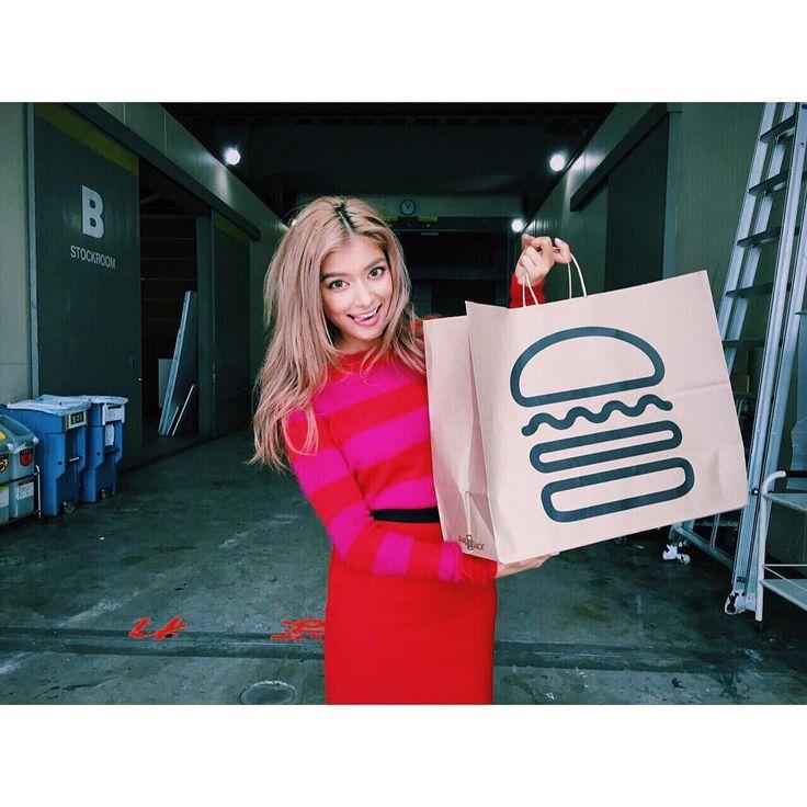 ローラも大絶賛のハンバーガー店!「シェイクシャック」が有楽町にOPEN | RETRIP[リトリップ]