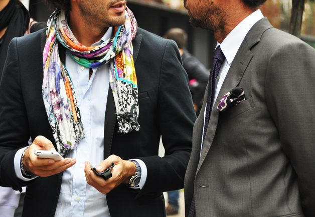 Men's street fashion. Bright scarf.