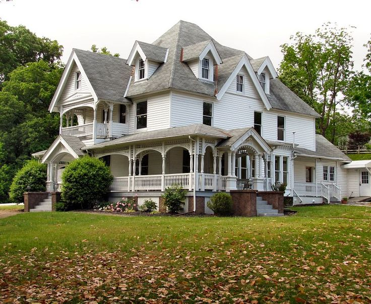 354 best images about tennessee famous homes on pinterest for Victorian colonial homes