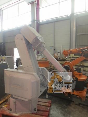 FANUC Robotics also offers a broad range of different robot models: